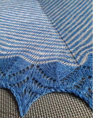 Färdig sjal och nya tag